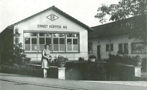 Firmengebäude EK